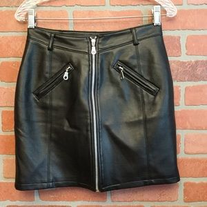 BB Dakota women's faux leather skirt zippers (OO34